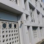 旧山手の大使館前