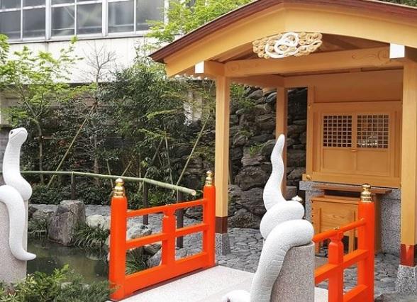 上神明天祖神社(蛇窪神社)