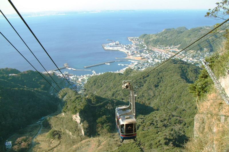 鋸山ロープウェー   日本最大級...