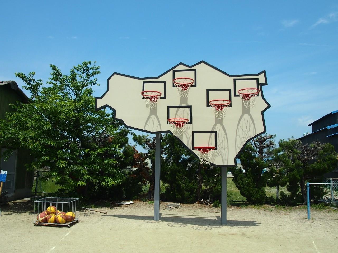 勝者はいない – マルチ バスケットボール