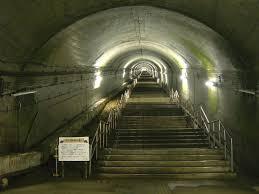土合駅 日本一のモグラ駅