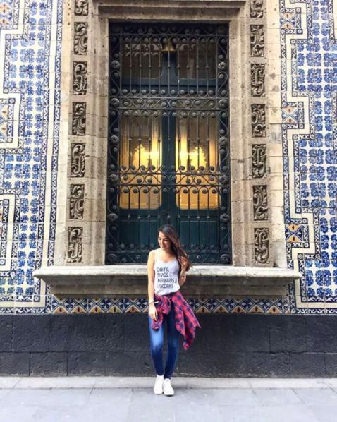 青いタイルの家 / Casa de los Azulejos
