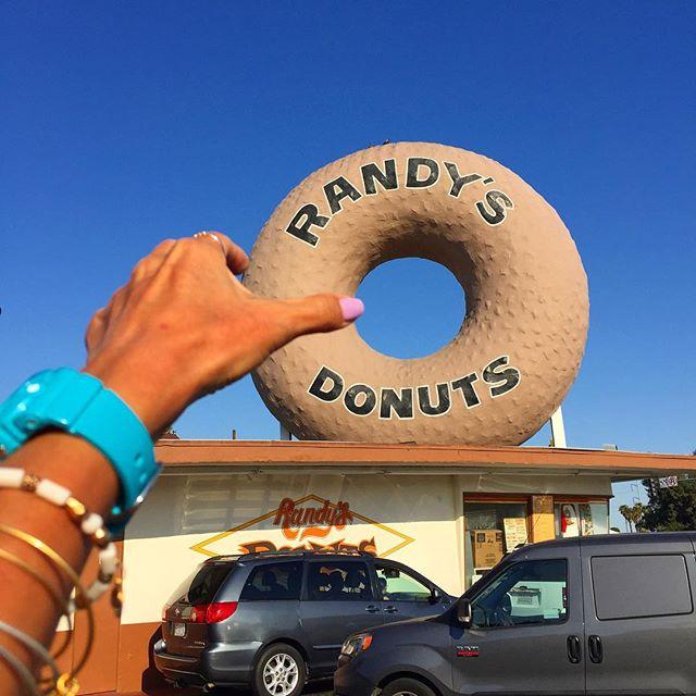 ランディーズ・ドーナツ / Randy's Donuts
