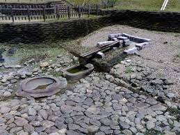 亀型石造物