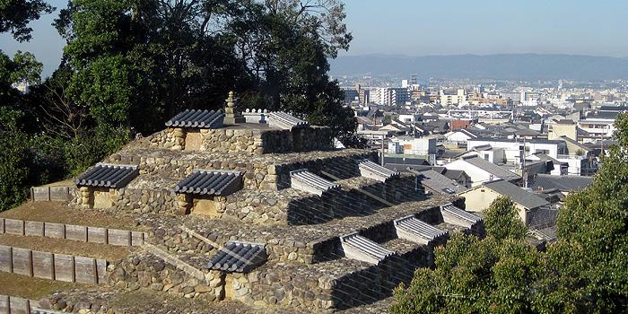 奈良のピラミッド