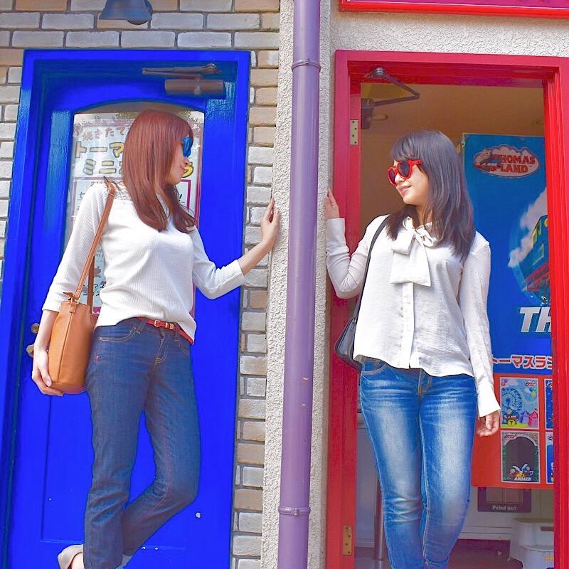 青と赤の扉