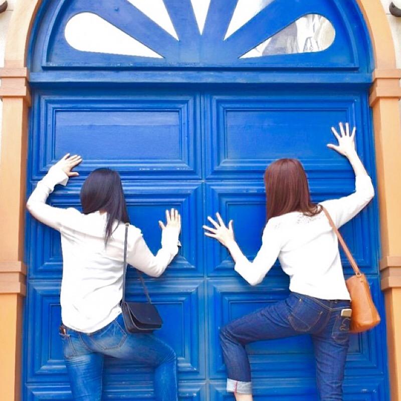 リサとガスパールタウンの青い扉
