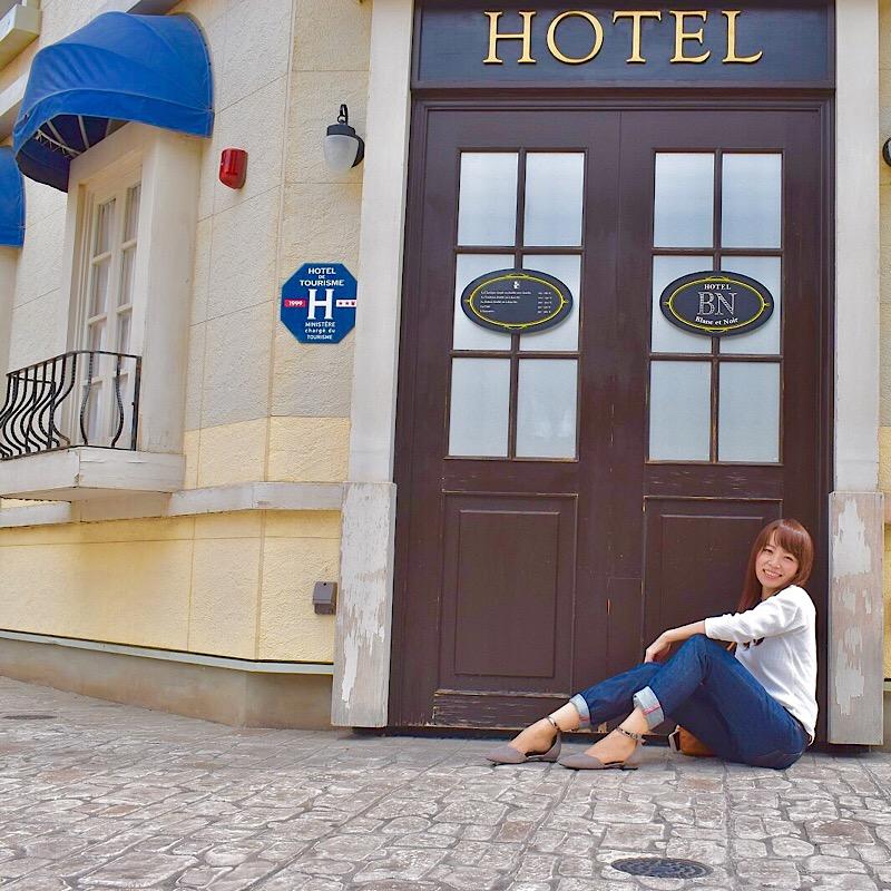 リサとガスパールタウンのHOTELの扉