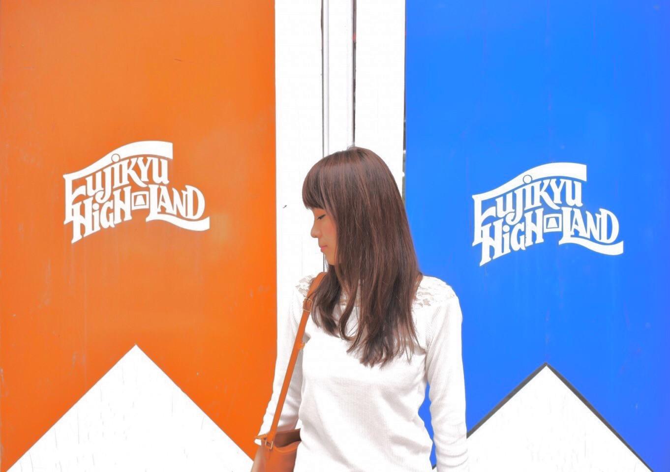 SHOP FUJIYAMA近くの壁