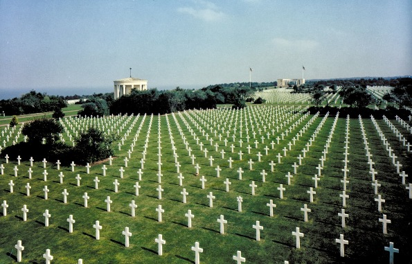 オマハビーチとノルマンディー米軍英霊墓地
