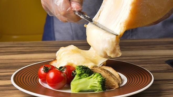 北海道チーズフォンデュファクトリー 炭リッチ