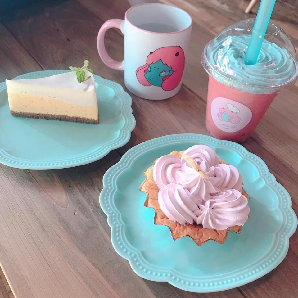 コスミックガールカフェ