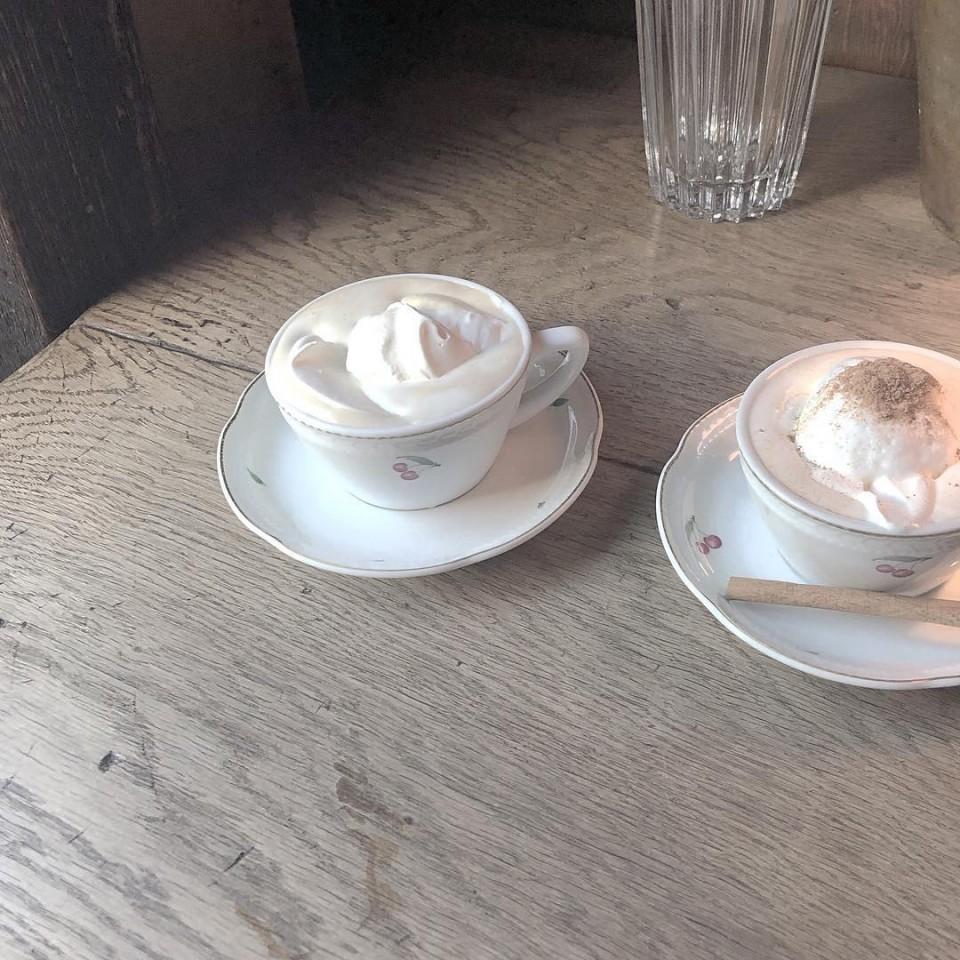 Cafe Les Jeux Grnie