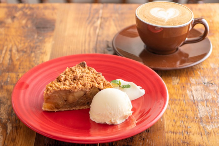 Granny Smith Apple Pie & Coffee Nishinomiya