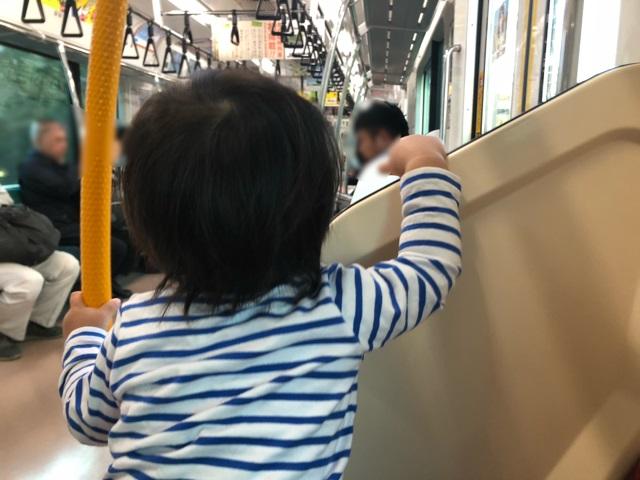子連れディズニー1歳電車