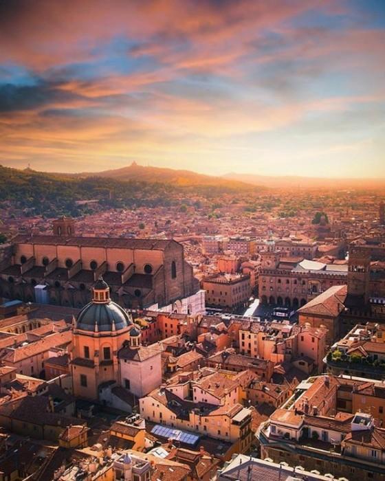 Bologna(ボローニャ)