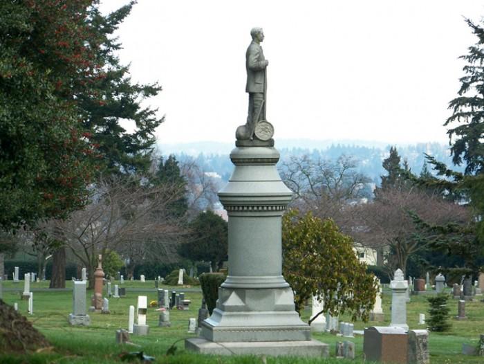 レイクビュー墓地