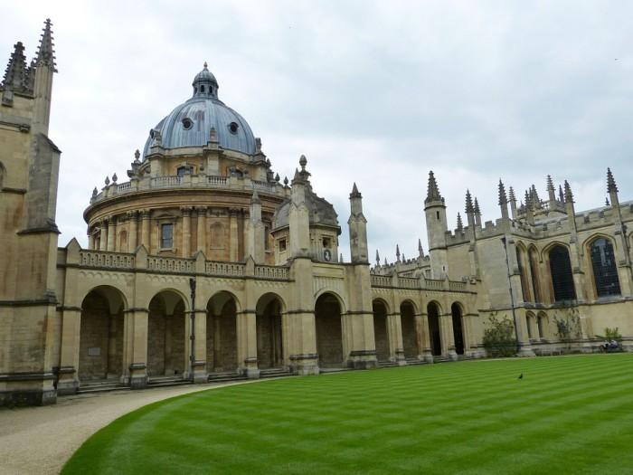 Oxford(オックスフォード)
