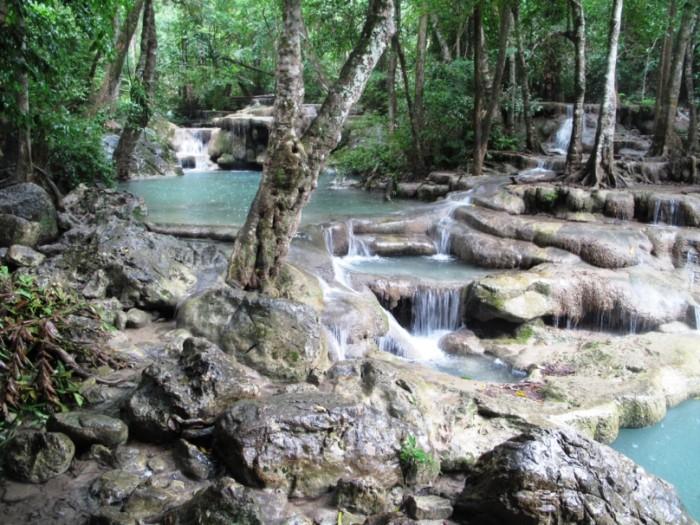 Erawan Waterfall(エラワンの滝)