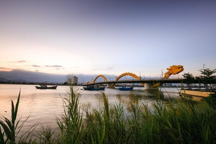 Cầu Rồng(ドラゴンブリッジ)
