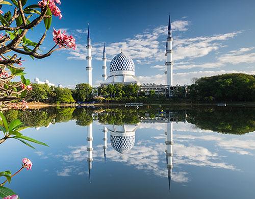 Sultan Salahuddin Abdul Aziz Mosque(スルタン・サラディン・アブドゥル・アジズ・シャー・モスク)