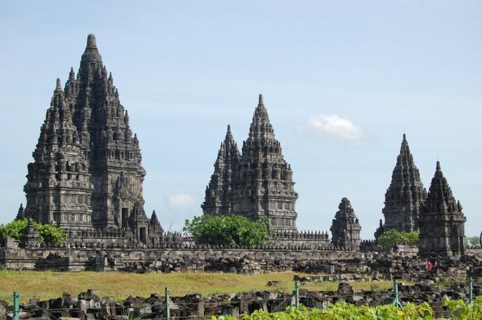 Prambanan Temple Compounds(プランバナン寺院)