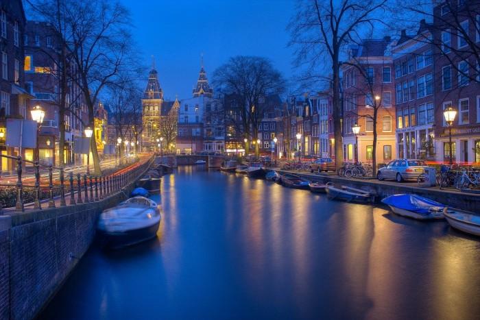 Amsterdam(アムステルダム)