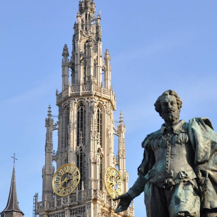 Onze-Lieve-Vrouwekathedraal Antwerpen(アントワープ聖母大聖堂)
