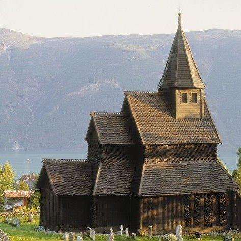Urnes stavkyrkje(ウルネスの木造教会)