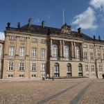 amalienborg-palace-954884_960_720