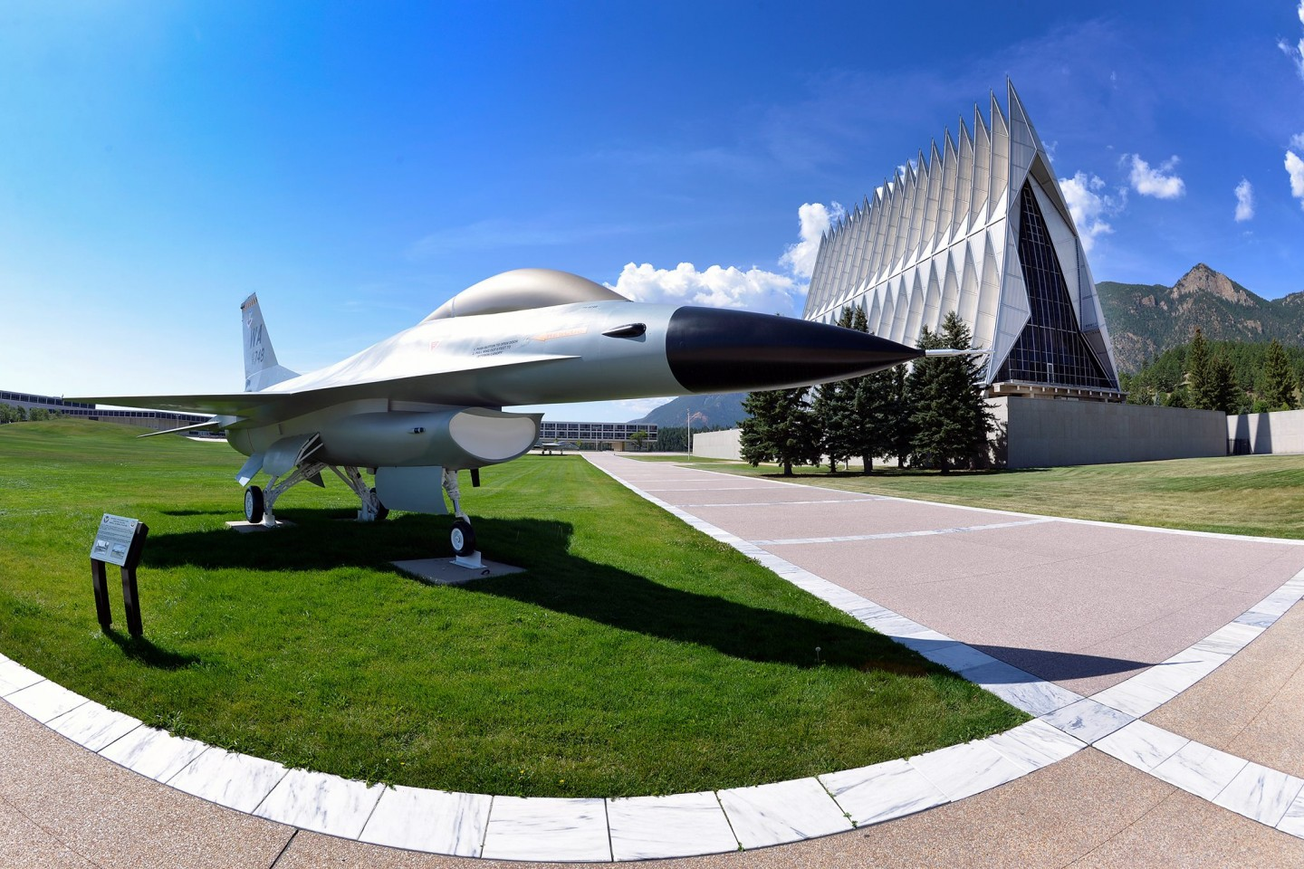 United States Air Force Academy(空軍士官学校)