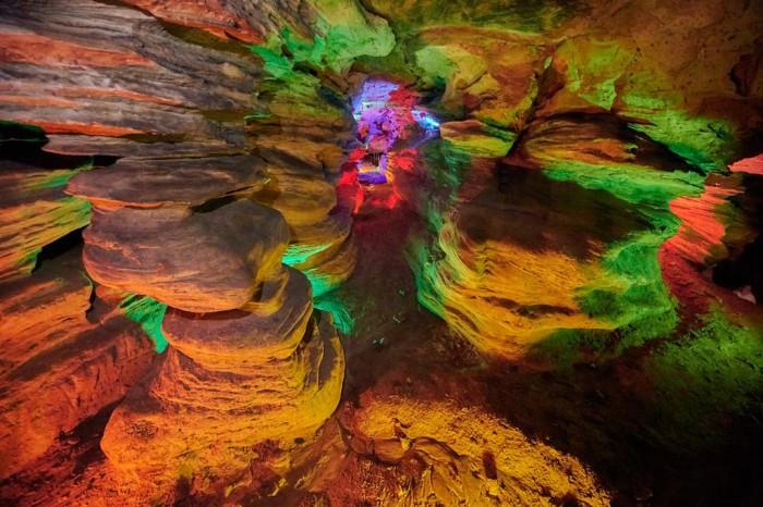 Laurel Caverns(ローレル・キャバーンズ)