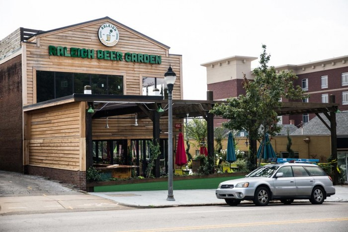 Raleigh Beer Garden(ローリー・ビア・ガーデン)
