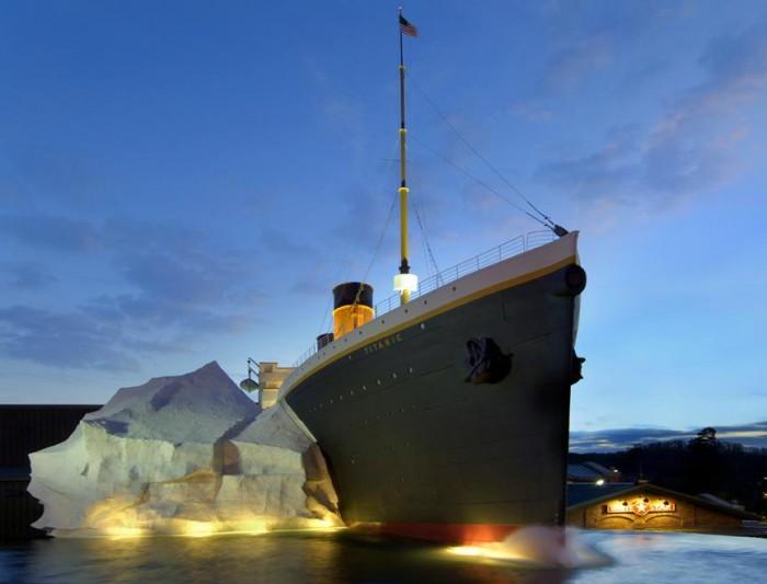 TITANIC Museum Attraction(タイタニック・ミュージアム)