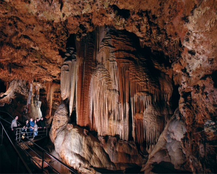 Meramec Caverns(メラメック洞窟)